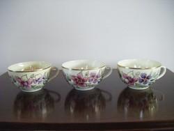 3db Zsolnay teáscsésze