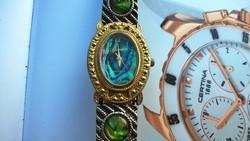Szép egyedi női óra ... d6bfc07446