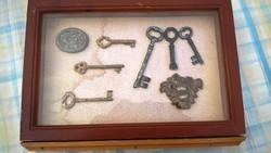 Régi kulcsok kis gyűjtemény