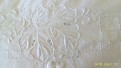 Gyönyörű fehér hímzéses pamut vászon párnahuzat 83 x54