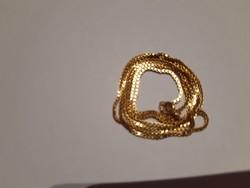 18 karátos, kockaszemes, 4,50 grammos, 45 cm-es arany nyaklánc