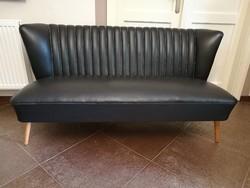 Extra, hurkázott támlás, design retró, klub műbőr kanapé