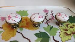 Cseresznyevirág mintás porcelán fogantyú gomb 630Ft/db