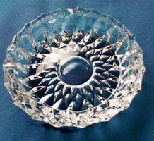 Kristály üveg hamutartó, hamutál hibátlan, 14 cm az átmérője, 4 cm magas