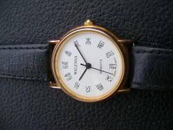 Szép elegáns ffi öltöny óra ritka különleges számlappal kivitelben tökéletesen müködik