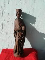 Antik vésett hátú szobor, 94 cm magas.