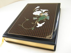 Nagyon szép, arany szegélyes jegyzettömb, naptár, kemény lakk borítással