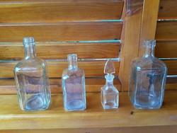 4 db antik különböző méretű üveg