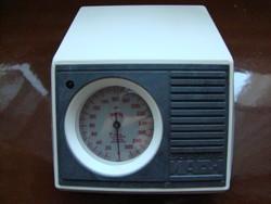 Vérnyomásmérő pumpás,mutatós műszerrel retro darab