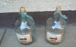 2 db régi spanyol boros üveg