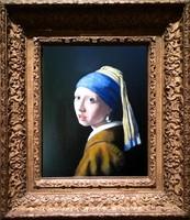 Moona - Gyöngyfülbevalós lány Vermeer képének mestermásolata