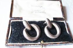 Modern beszúrós ezüst fülbevaló