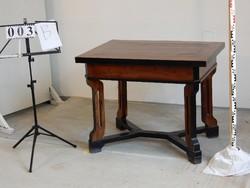 Kinyitható  asztal eladó