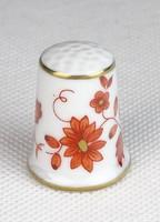 0T234 Hollóházi porcelán gyűszű SC/B