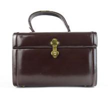 0T320 Műbőr barna piperetáska, sminkes táska