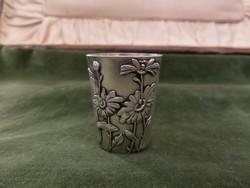 Szecessziós ezüst pohárka