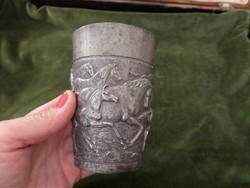 Lovas ón antik pohár