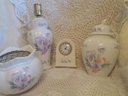Orchidea mintás,angol porcelán készlet, gyűjtemény, óra,lámpa,potpuri tartó,fedeles váza, urnaváza