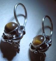 925 ezüst fülbevaló, tigrisszem, biztonsági kapocs