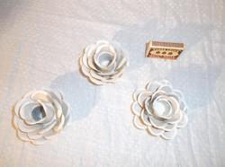 Fém - Gyertyatartó - exkluzív -  rózsa  alakú - vintage -  8 x 6 cm