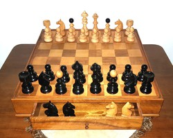 Gyönyörű Óriási Sakk készlet