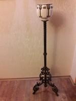 Antik lámpa tartó