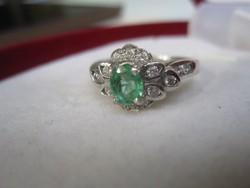 Szecessziós ezüst gyűrű ( sterling 925 ) természetes SMARAGD kővel