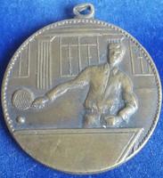 Ludvig asztalitenisz sportérem 1932 vésett, kétoldalas, mérete:30mm, füles,