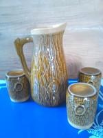 Fatörzs mintás kancsó poharakkal