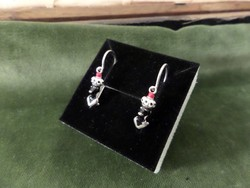 Mórfejes modern ezüst fülbevaló pár