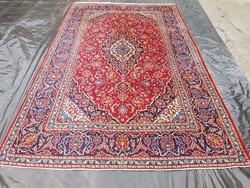 Kashan kézi csomózású perzsa szőnyeg. 320 x 204 cm