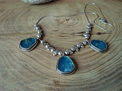 Izraeli kézműves ezüst nyakék római üveggel