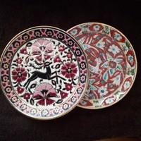 Két kézi festésű Rhodes Greece kerámia tányér
