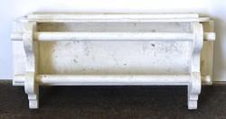 0T488 Régi fenyő fürdőszobai törölközőtartó polc