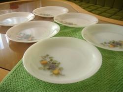 Gyümölcs mintás hat darabos jénai süteményes tányérok nagyon szép állapotban. arcopal, tejüveg