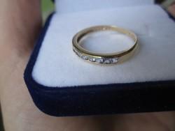 Gyűrű 9 tiszta, lilás kékes tanzanit kővel-Tömör arany