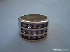Csillogó ezüst ametiszt köves széles gyűrű