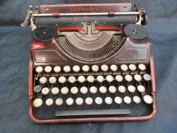 Continental  írógép.Magyar billentyű.1930-as évek.