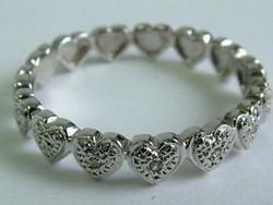 Álomszép szívecskés arany gyűrű pici gyémántokkal