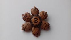 Fa virág alakú bross