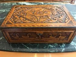 Antik fa doboz
