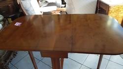 Chippendale mahagóni étlezőasztal
