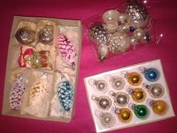 Régi karácsonyfadíszek csomagban dió toboz harang gömbök