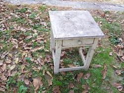 Fiókos szék fellelt állapotban