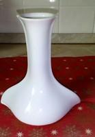 Különös formájú Hutschenreuther  gyertyatartó,  hófehér porcelán
