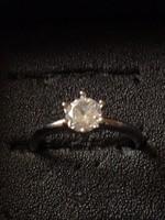 Gyönyörű cirkónium köves új gyűrű (Jelzés 925)