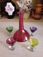 Színes üveg likőrös készlet.