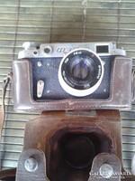 Fed-2 fényképezőgép eredeti bőrtokkal