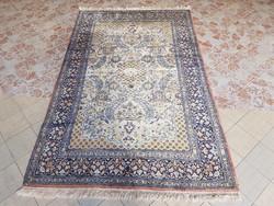 Kasmir kézi csomózású gyapjú szőnyeg selyemmel.