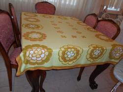Asztalterítő128x152 cm